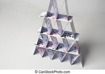 maison, sur, fond, cartes, blanc, jouer