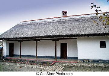 Maison brique toit couvert chaume portugal maison parc toit lisbonne couvert chaume - Maison en toit de chaume ...