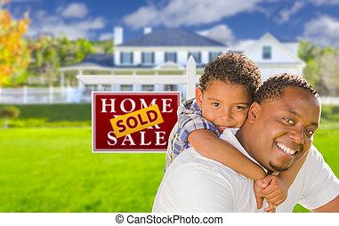 maison, vendu, père, signe, devant, fils