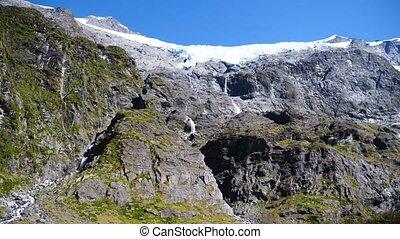 Majestic landscape at Mount Aspiring National Park, New Zealand