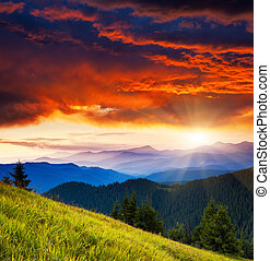 mountain landscape - Majestic morning mountain landscape ...
