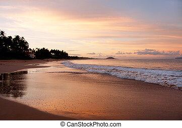 Makapu Beach Sunset, Maui Hawaii - Located near Wailea, ...