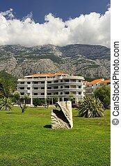 Makarska in summer, Makarska is a small town in Dalmatia, ...