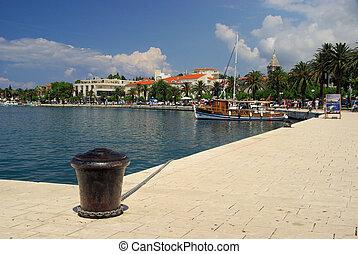 Makarska Pier 02
