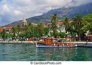 Makarska Pier