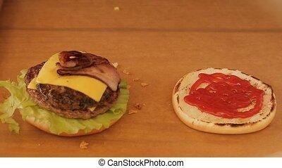 make a cheeseburger on a grill - make a tasty cheeseburger...