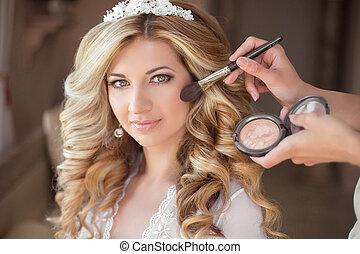 make-up., 魅力的, 微笑, 花嫁, 上に, ∥, 結婚式, day., 美しい, ブロンド, 女, ∥で∥, 長い間, 巻き毛の髪, style., 専門家, スタイリスト, 作り, 構造
