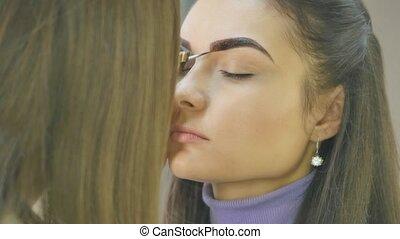 Make-up. Eyebrow Makeup.Brown Eyes - Make-up. Eyebrow Makeup...
