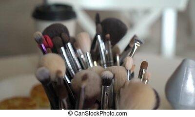 Make up professional brushes - Make up cosmetics...