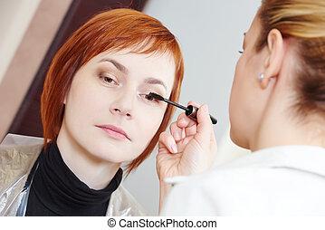makeup eye mascara application