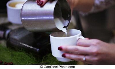Making coffee barista education
