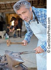 making horses' hoof