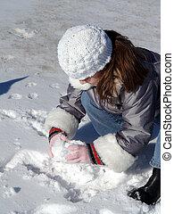 Making Snow Balls