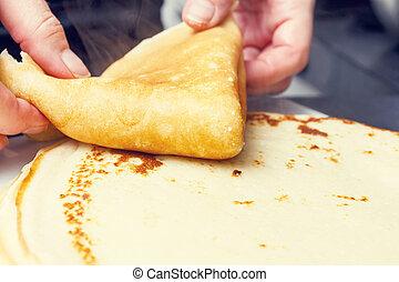 making sweet pancake