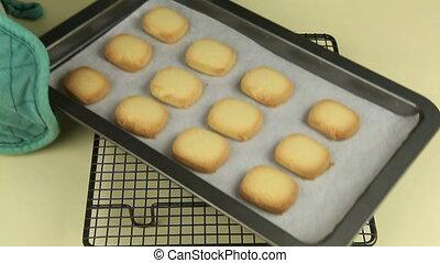 Making Vanilla Cookies 7 - Cooked vanilla cookies arriving...