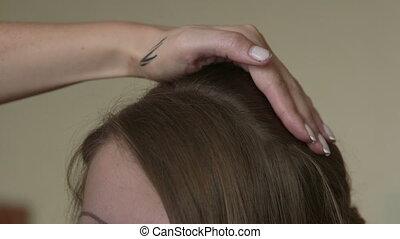 Making wedding hairstyle