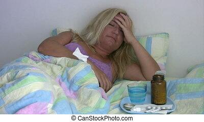 malade, femme, mensonge, lit, fatigué