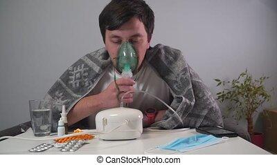maladie, nebulizer, équipement, nebular., inhalateur, treatment., asthme, pendant, santé, pneumonia, respiration, homme, inhalation, bronchite, 19., asthmatique, covid, maison, infection, coronavirus, monde médical