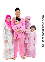 malay family during hari raya