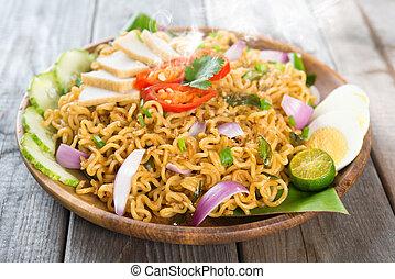 Malaysian cuisine maggi goreng mamak - Malaysian style maggi...