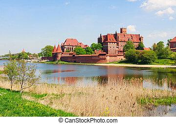 malbork, polen, pomerania, kasteel, gebied