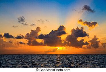 maldivian, 日没