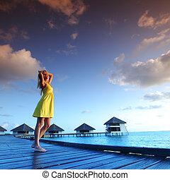 maldivian, 服, 女, 日没