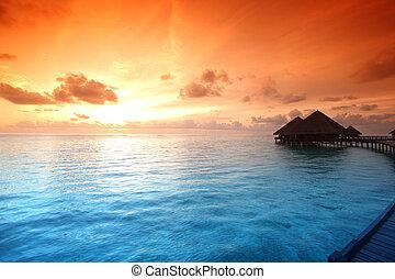 maldivian, domy, wschód słońca