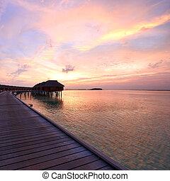 maldivian, ocaso, playa