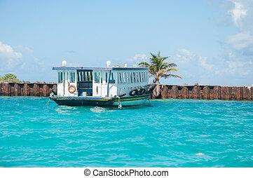 malediwy, łódka, morze