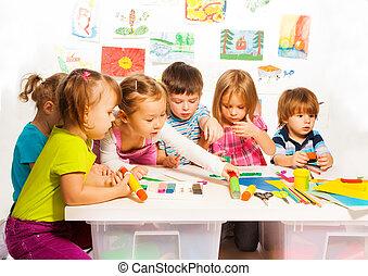 maleri, børn, gruppe, glade