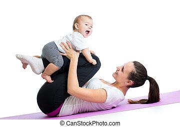 mamá, con el niño, haga, gimnástico, y, condición física,...