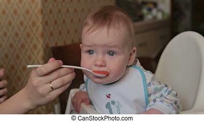 maman, nourrit, enfant