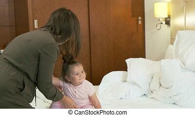 mamma, dochter, jurken