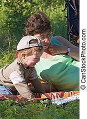 mamusia, i, przedimek określony przed rzeczownikami, syn,...