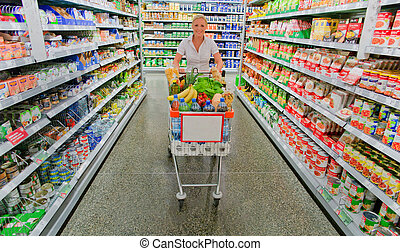 manželka, s, shopping vozík, do, ta, supermarket