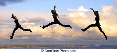 manželka, západ slunce, skákající