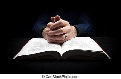 man, biddend, om te, god, met, zijn, handen, het rusten op,...