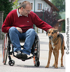 man binnen de rolstoel