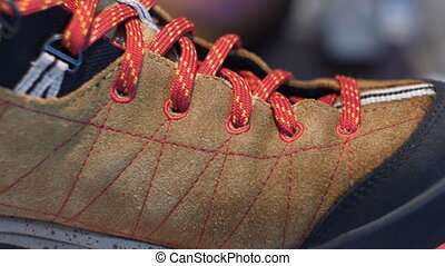 Man brouwn Leather Shoe Laces Details