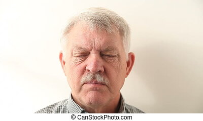 man cannot answer memory question - an older man answers a...