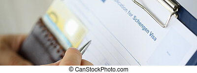 man, documenten, vullen, belangrijk