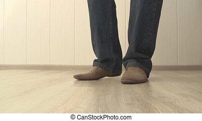 man dropped his keys
