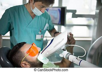 man, hebben, teeth, whitening, door, uv