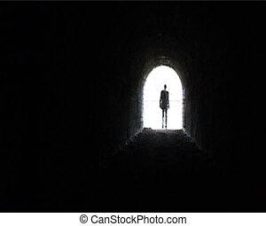 Man input kontur - Man entering in tunnel