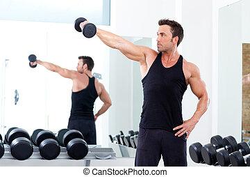 man, med, viktutbildning, utrustning, på, sport, gymnastiksal