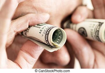 man, met, geld, als, verrekijker