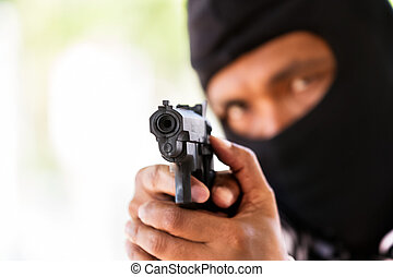 man, met, geweer, gangster, brandpunt, op, de, geweer, (robbery, geweer, pistol)