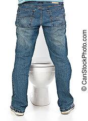 man pee on the toilet