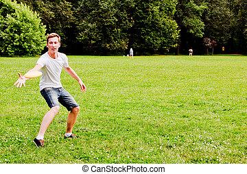 man playing frisbee